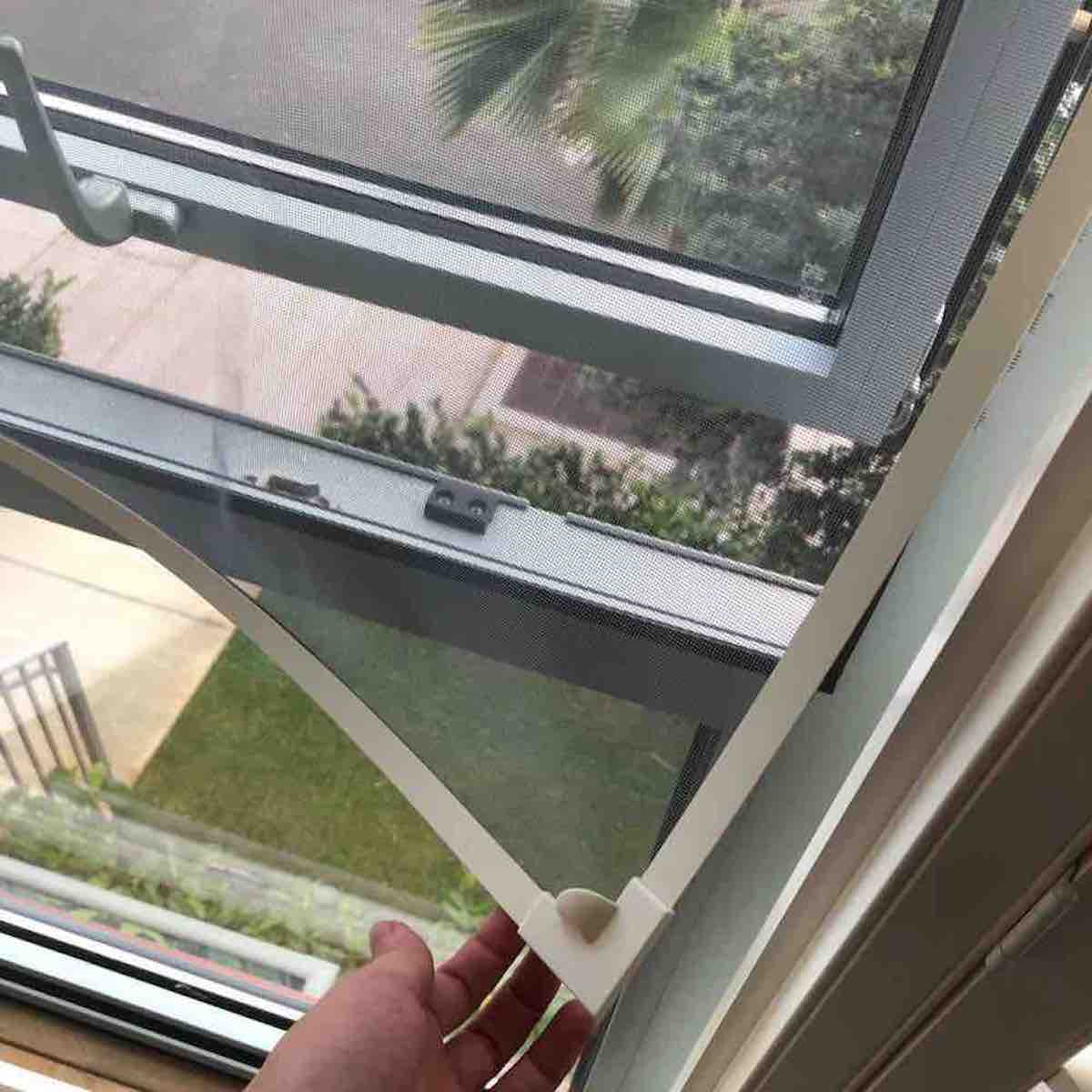 window screens self installed
